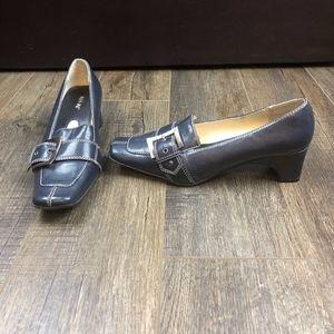 Miss Me Navy Blue Heels   Size 7 1/2
